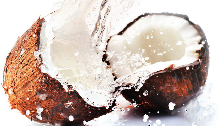 8 wonderful benefits of coconut water for pregnant mothers